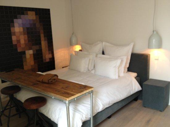 Sjudoransj: Chambre Vermeer.