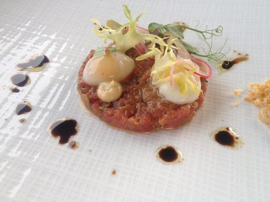 Landhuishotel & Restaurant De Bloemenbeek: Tartar Starter