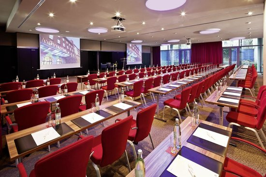 Moevenpick Hotel Berlin: Meeting Room Enzian