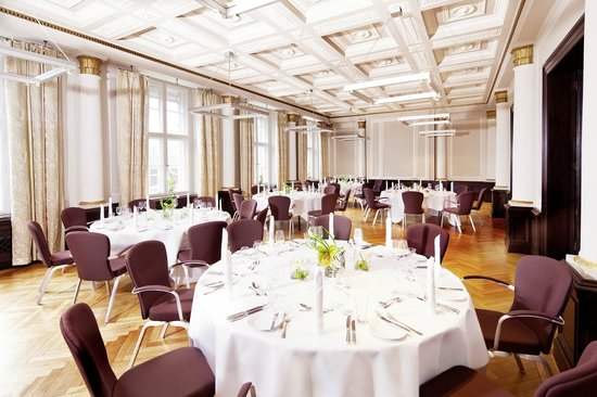 Mövenpick Hotel Berlin: Historical Siemenssaal