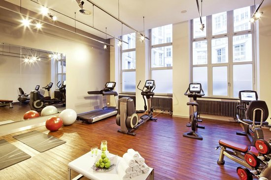 Movenpick Hotel Berlin: Fitness area