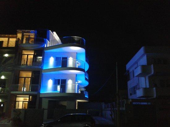 Hotel L'Approdo: fronte hotel