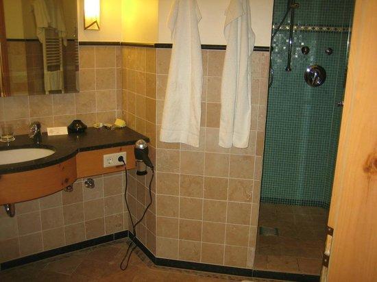 Waldhaus Reinbek: Bath room