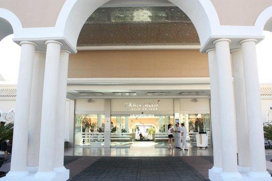 Gran Melia Palacio de Isora Resort & Spa: Entrada del hotel