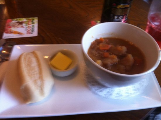 Huntly Hotel Restaurant: Huntly Hotel Bar potato soup