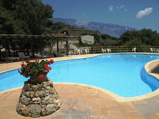 Panas Hotel: Pool
