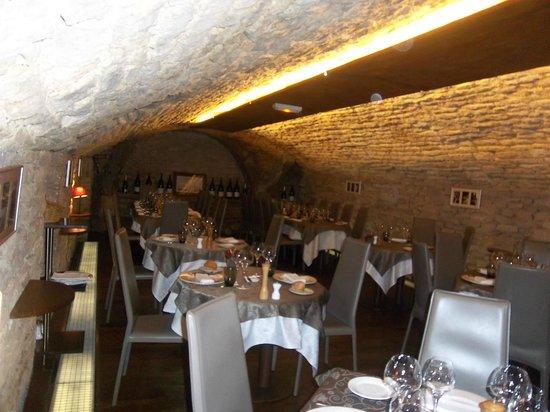 Caveau des Arches : la salle de restaurant