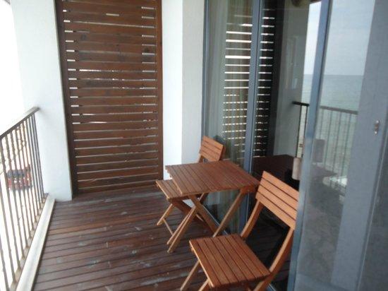Regina Maria Spa Design Hotel : the balcony and the entrance in the bathroom