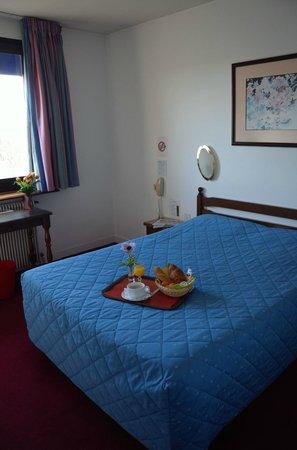 Hotel Aer : Chambre
