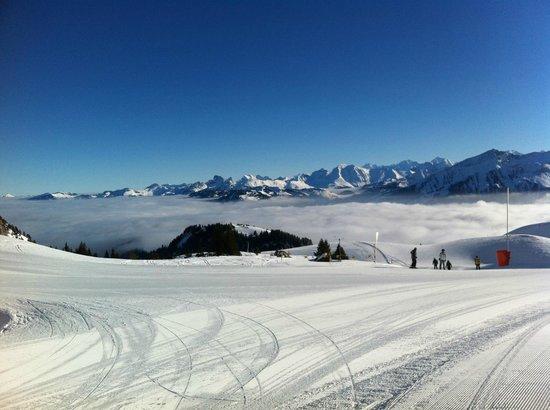 Gstaad Palace Hotel: Skifahren bei Traumwetter