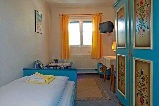 Hotel Adler: Die Zimmer sind gepflegt und freundlich