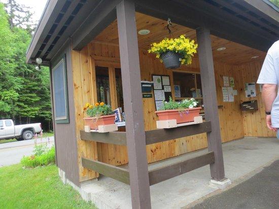 Lily Bay State Park: Ranger station