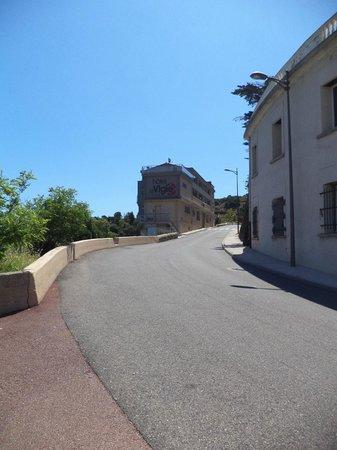 Hotel La Vigie: l'hôtel route d'espagne