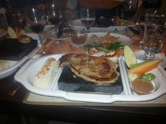 Alpa City Suites: stone grill steak:)