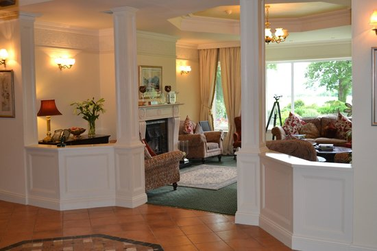Loch Lein Country House: Lobby