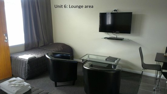 Trentham Motel on the Park: Unit 6: lounge area
