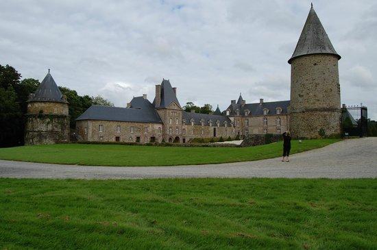 Chateau de Canisy : photo of the chateau
