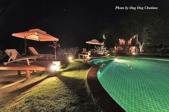 Asajara Resort: Salt water pool