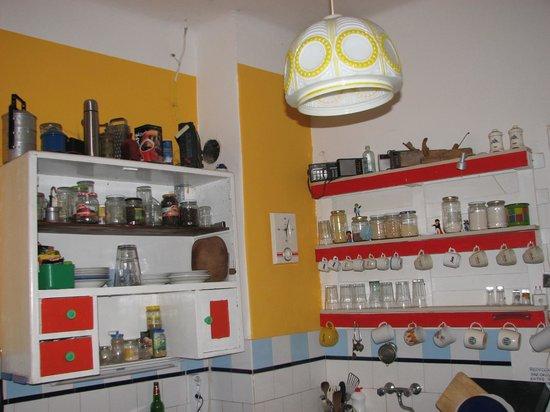 Ananas Hostel : kitchen