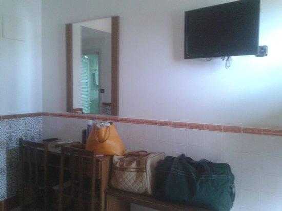 Univers Hotel: habitación