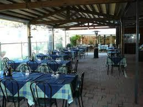 le fontane, marina di grosseto  restaurant reviews, phone number, Disegni interni