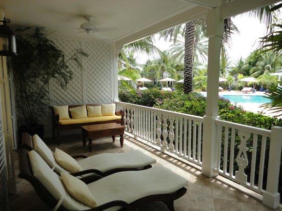 Point Grace: Pool Level Cottage patio