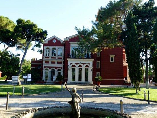 Mercure Villa Romanazzi Carducci: Villa