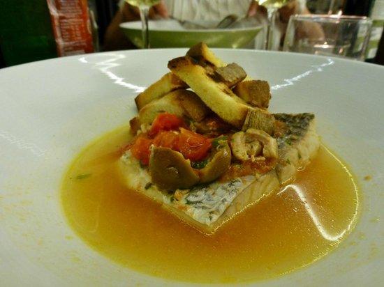 Mercure Villa Romanazzi Carducci: Frischer Fisch in Restaurant