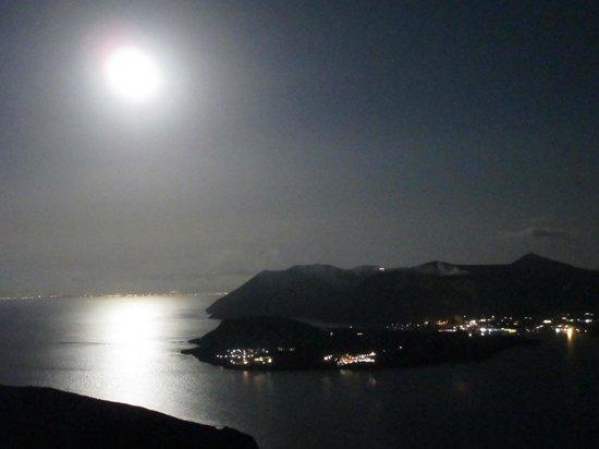 Le Terrazze : vulcano di notte