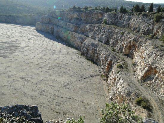 Natural Monument of the Dinosaur Footprints: Tesouro escondido.