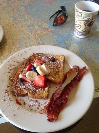 Cross River Lodge: John's French Toast