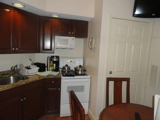 Grande Villas Resort: Cocina