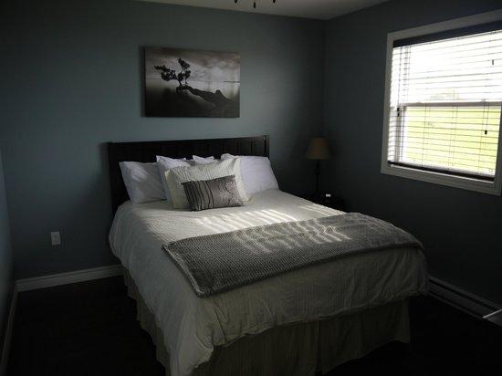 Gros Morne Suites: Schlafzimmer