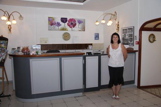 Hotel Restaurant Fabian des Baux: Caroline, la réceptioniste