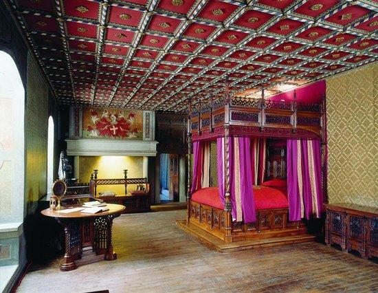Camera da letto - Foto di Borgo Medievale, Torino - TripAdvisor
