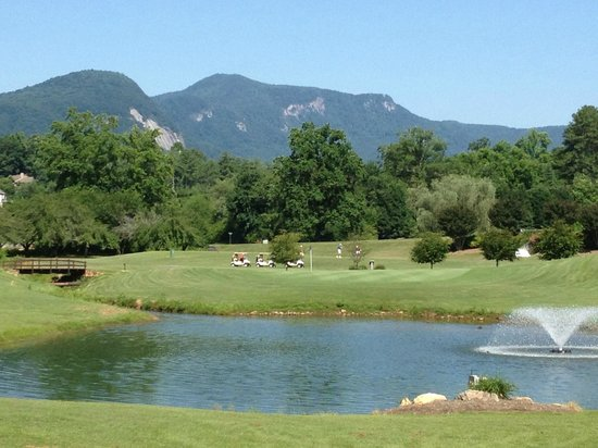 Rumbling Bald Resort on Lake Lure: Eighth Hole Apple Valley