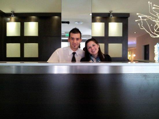 Hotel Denver: Recepciòn