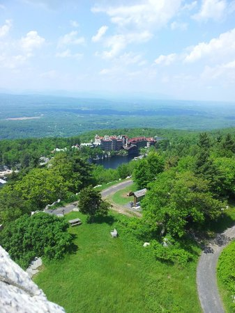 Mohonk Mountain House: Mohonk Resort from an easy hiking trail.