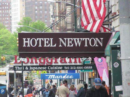 Hotel Newton: Excelente ubicación