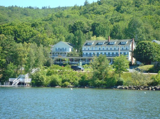 Inn on Newfound Lake: By Boat or Car, A Perfect Location