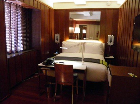 Hudson Hotel New York: superior room 2nd night