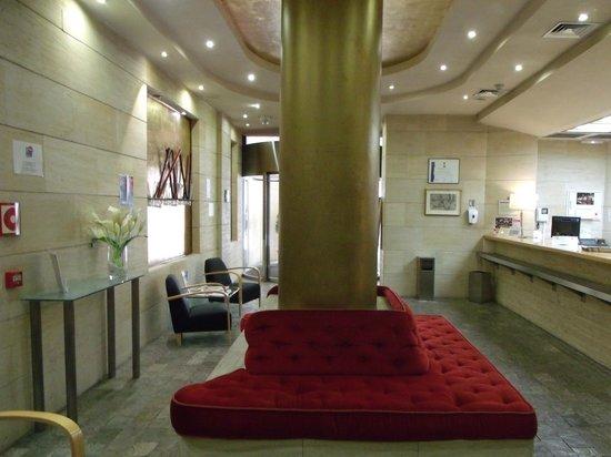 Hotel Silken Alfonso X: recepcion