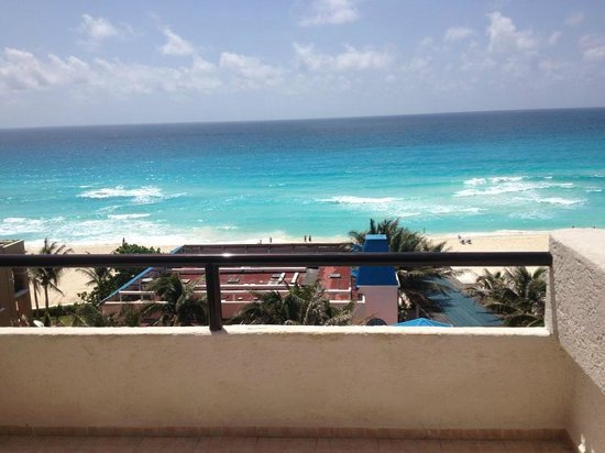 Golden Parnassus All Inclusive Resort & Spa Cancun: View from our room