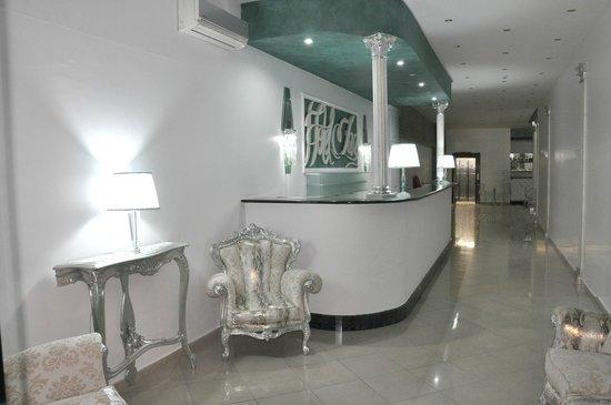 Hotel Inn: Ingresso Hotel