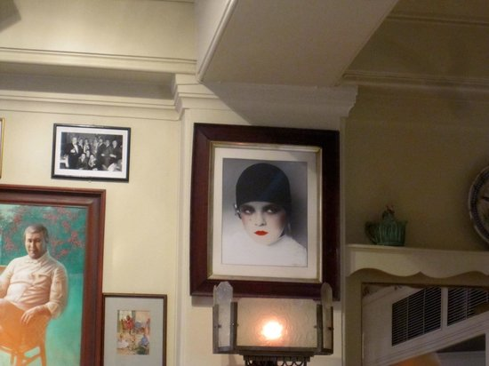 Langans Brasserie : Interesting photo at Langdon's