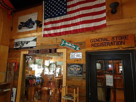 Iron Horse Motorcycle Lodge : The general store