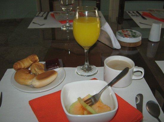 Hotel & Spa Molicie: Parte del desayuno. Es estupendo de buen sabor y abundante