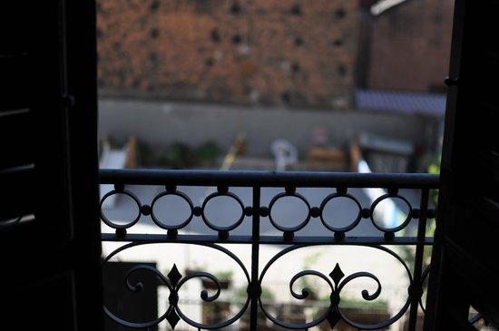 B&B Antica Dimora Caruso: Vue de la chambre n° 4