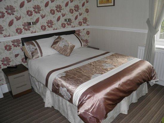Aristocrat Guest House: Double en-suite bedroom