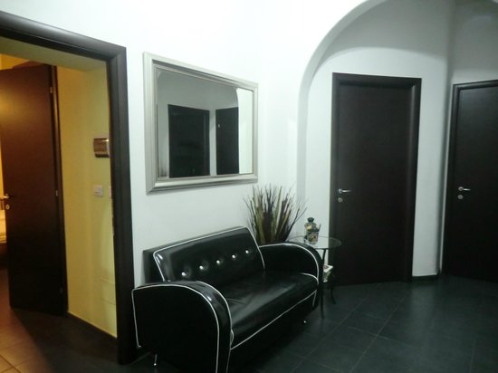Guest House Rome: Entrada